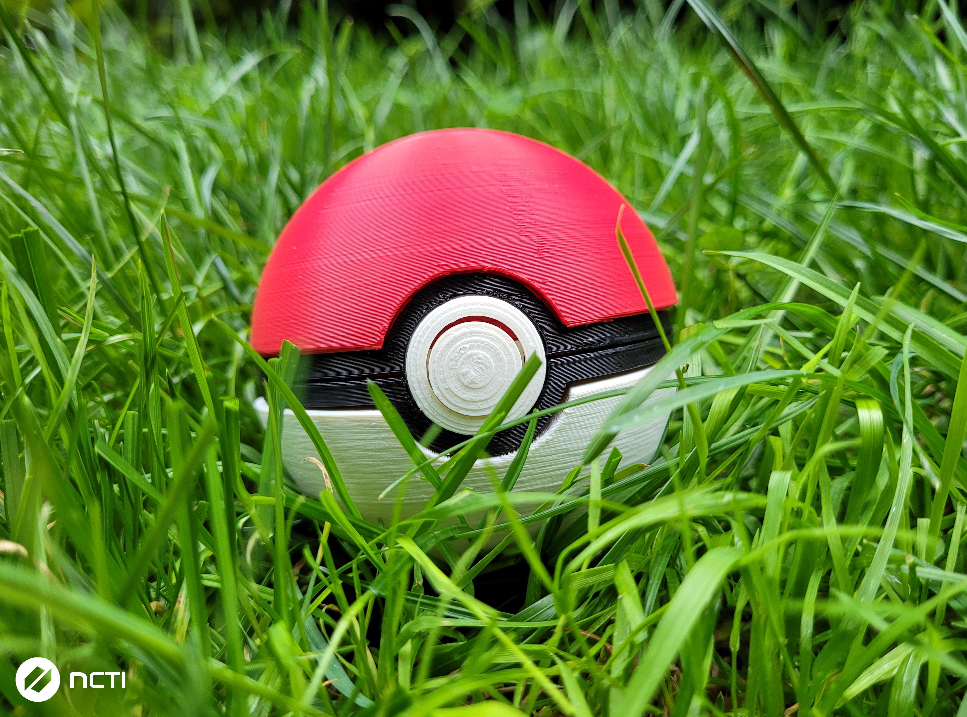 3D Pokeball z Pokemon - wydruk3d-krakow.pl